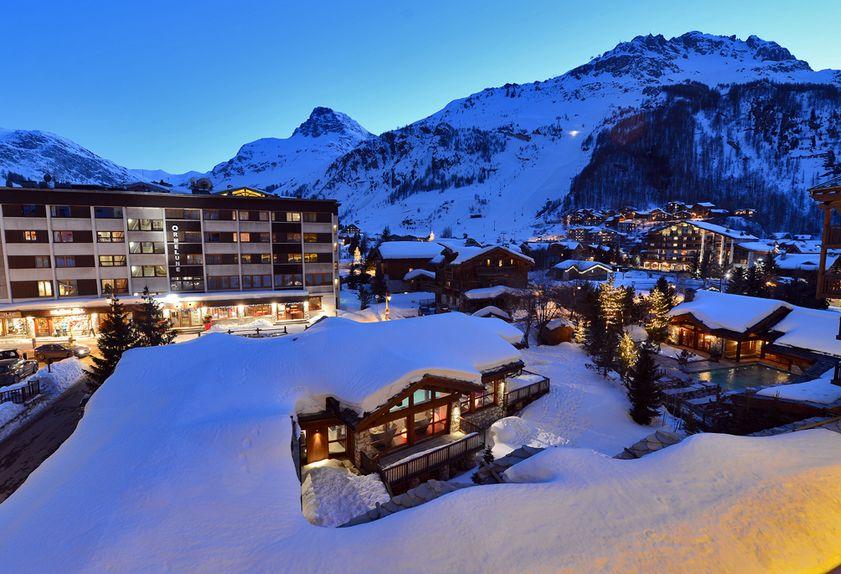 hotel 4 etoiles savoie à Val d'Isère